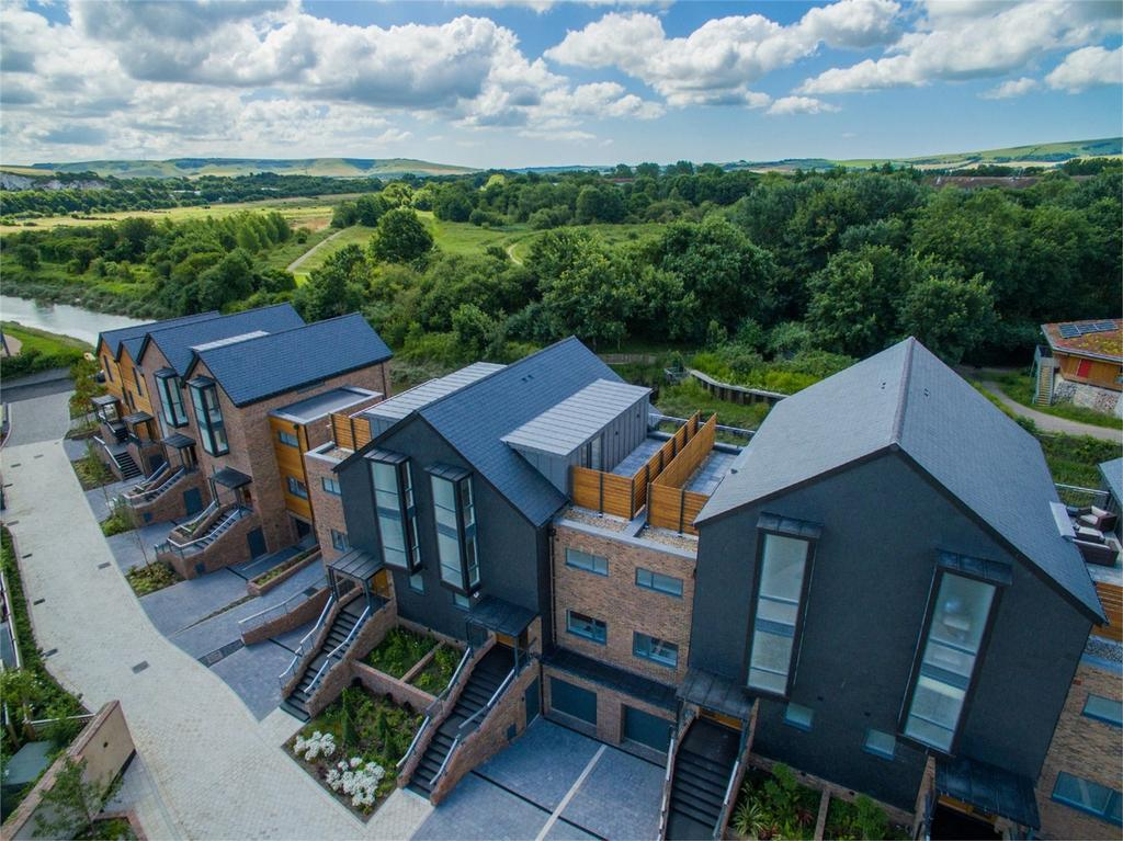 3 Bedrooms Town House for sale in Chandlers Wharf, Lewes, East Sussex