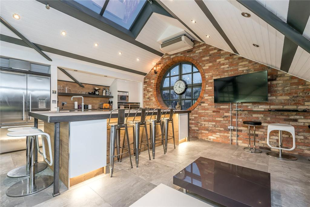 3 Bedrooms Penthouse Flat for sale in Shoreditch High Street, Shoreditch, London, E1