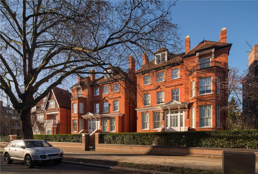 3 Bedrooms Flat for sale in Flat 10 De Laszlo House, Fitzjohns Avenue, Hampstead, London, NW3