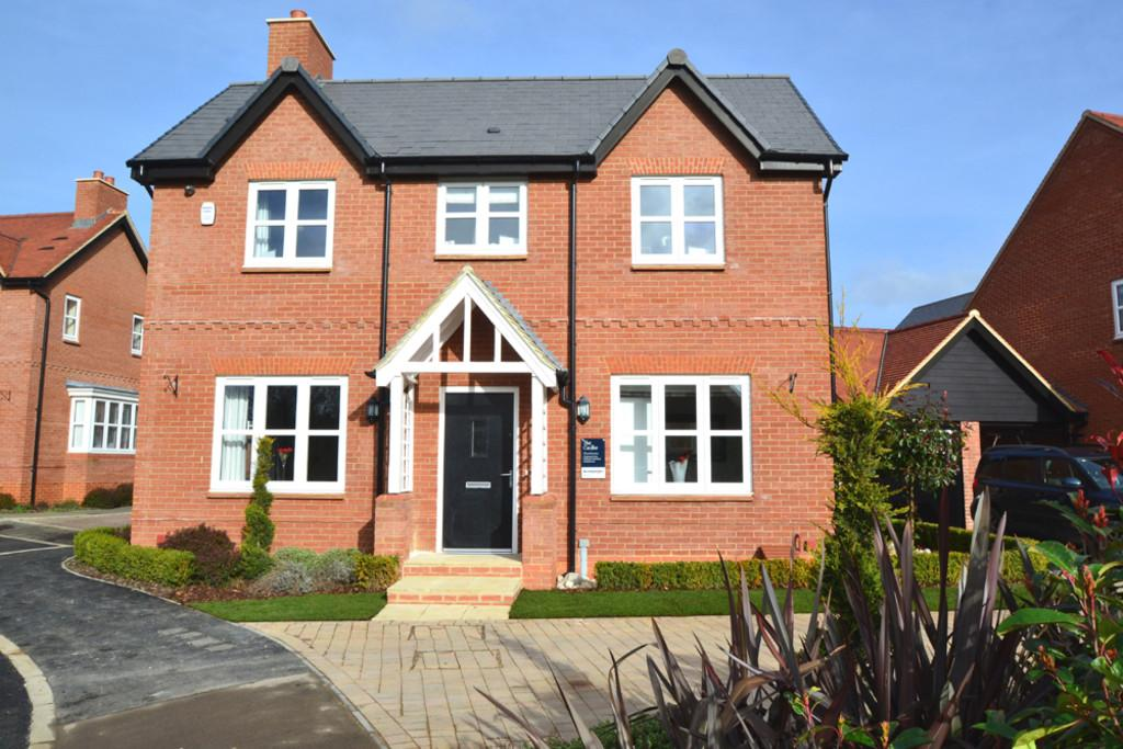 4 Bedrooms Detached House for sale in The Glade, Winslow