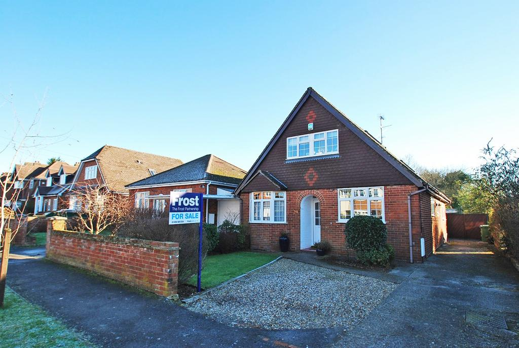 5 Bedrooms Chalet House for sale in Rushmoor Avenue, Hazlemere, HP15