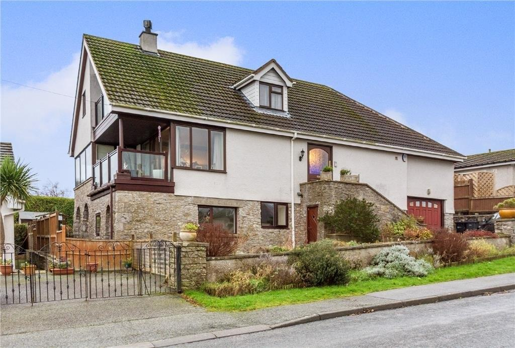 5 Bedrooms Detached House for sale in Bay View Road, Benllech, North Wales