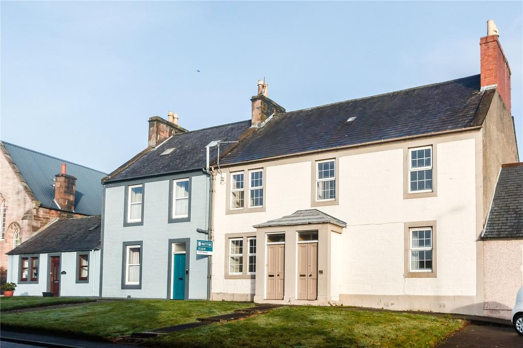 4 Bedrooms Apartment Flat for sale in Drumlanrig Street, Thornhill, Dumfriesshire