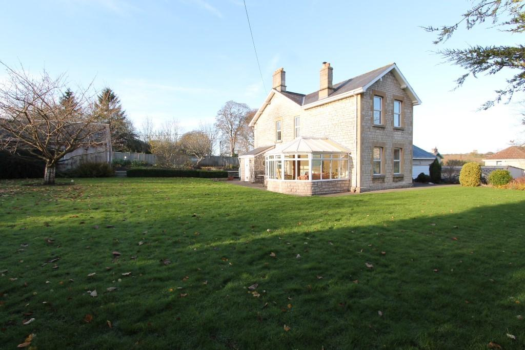 4 Bedrooms Detached House for sale in Radstock, Somerset