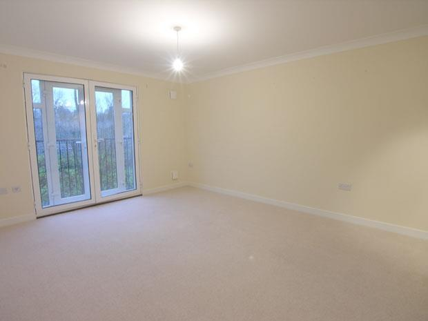2 Bedrooms Apartment Flat for sale in Delta Court, Grenfell Road, Maidenhead