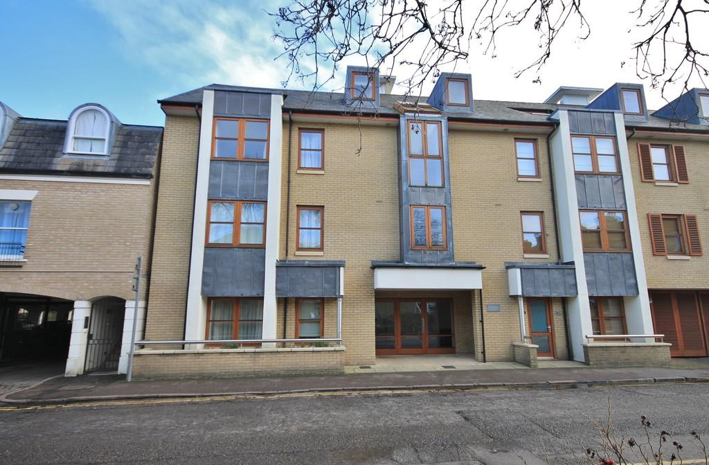 Studio Flat for sale in Adam Eve Street , Cambridge