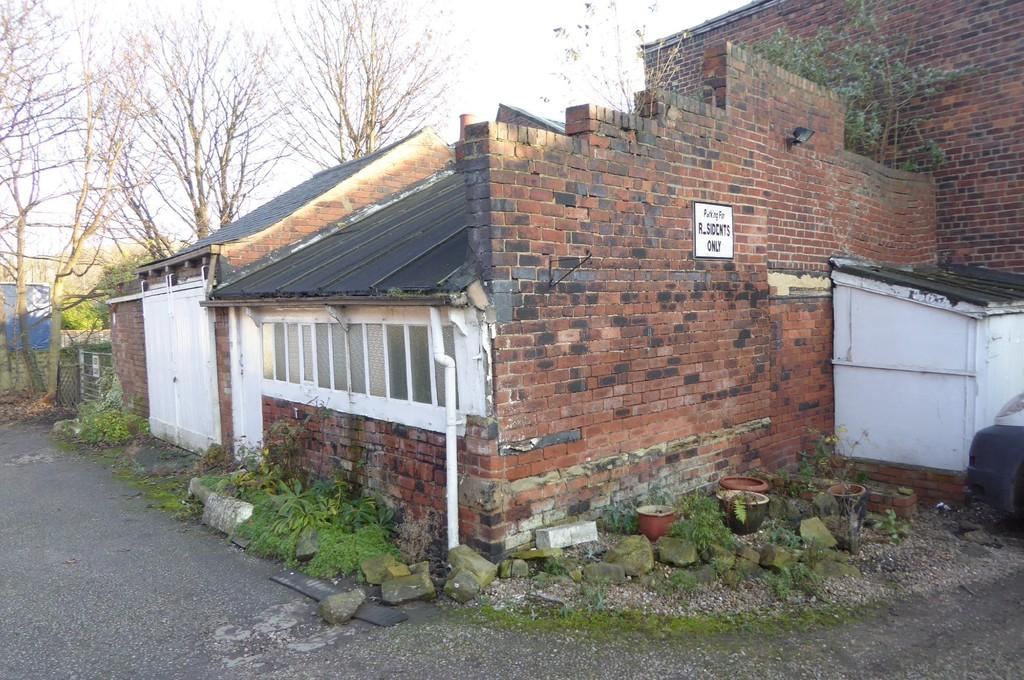 Barn Conversion Character Property for sale in Lands Building, Dewsbury Road
