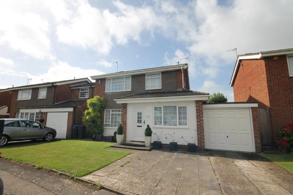 3 Bedrooms Detached House for sale in Rosemary Drive, Shoreham-by-Sea