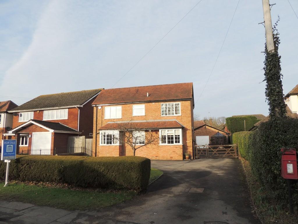 3 Bedrooms Detached House for sale in Spring Lane, Hockley Heath