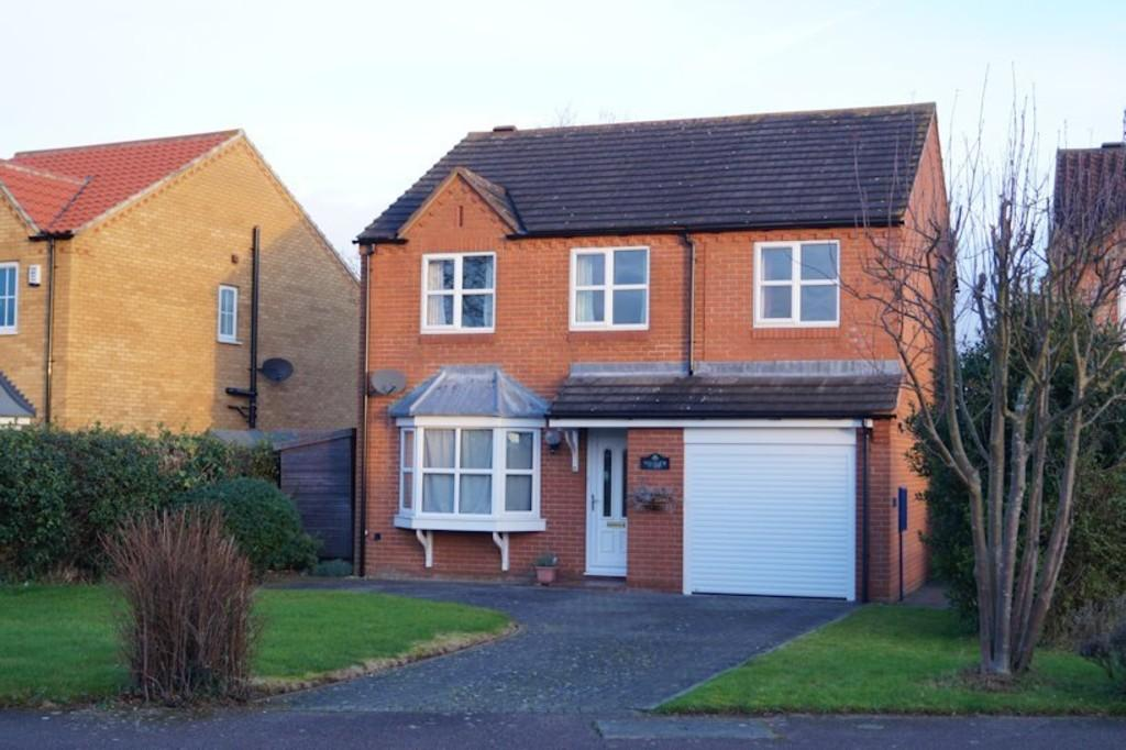 4 Bedrooms Detached House for sale in Winton Road, Navenby