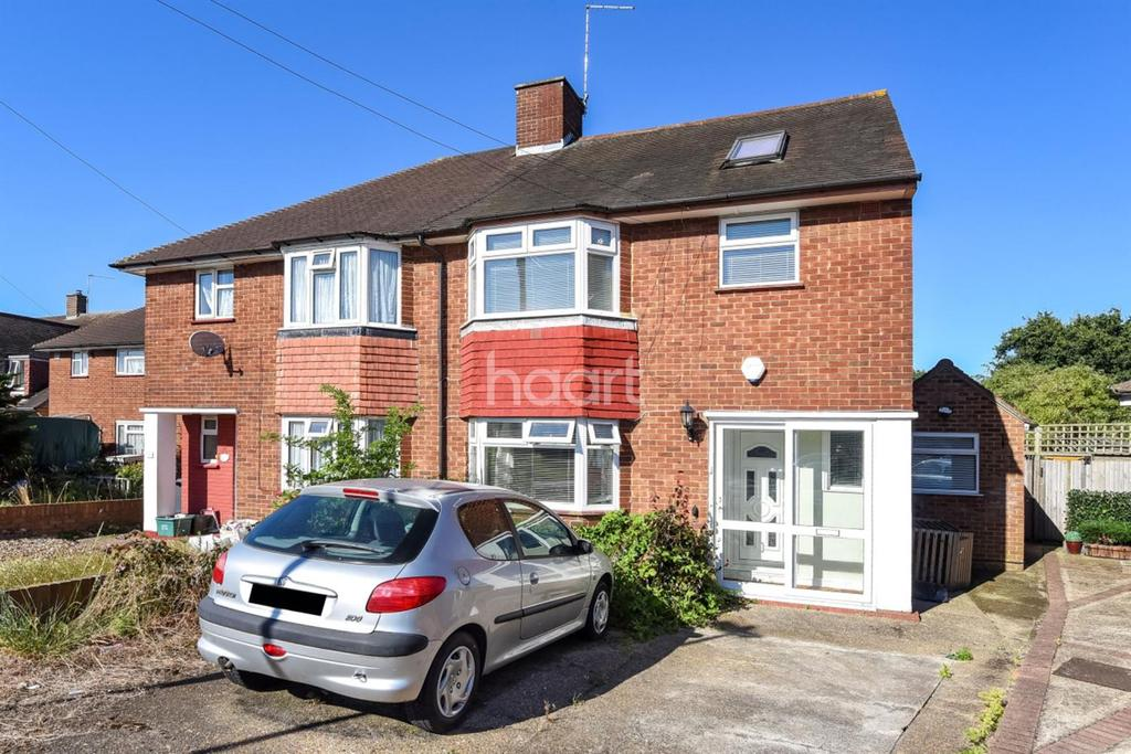 3 Bedrooms Semi Detached House for sale in Feltham