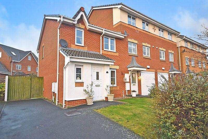 3 Bedrooms Town House for sale in Rushmore Drive, Widnes