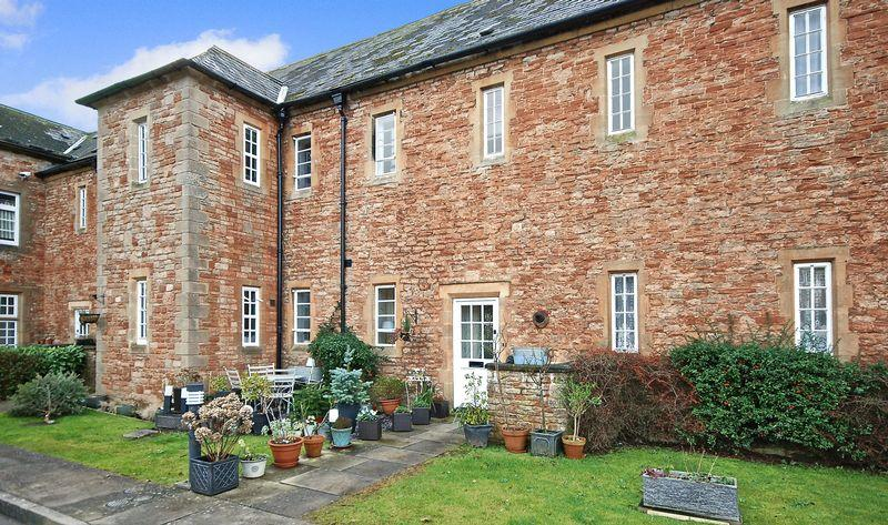 3 Bedrooms Unique Property for sale in Lower Chapel Court, Wells