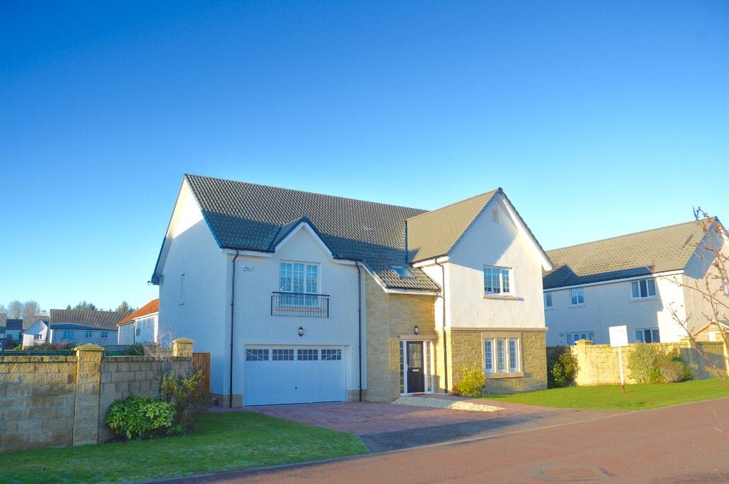 5 Bedrooms Detached House for sale in Hannah Wynd, St Quivox, Ayr, Ayrshire, KA6 5HB
