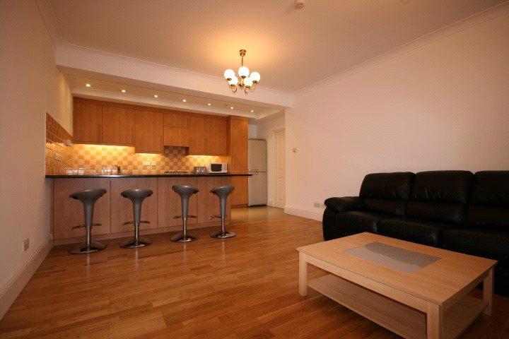 2 Bedrooms Flat for rent in Grange Road, London, W5