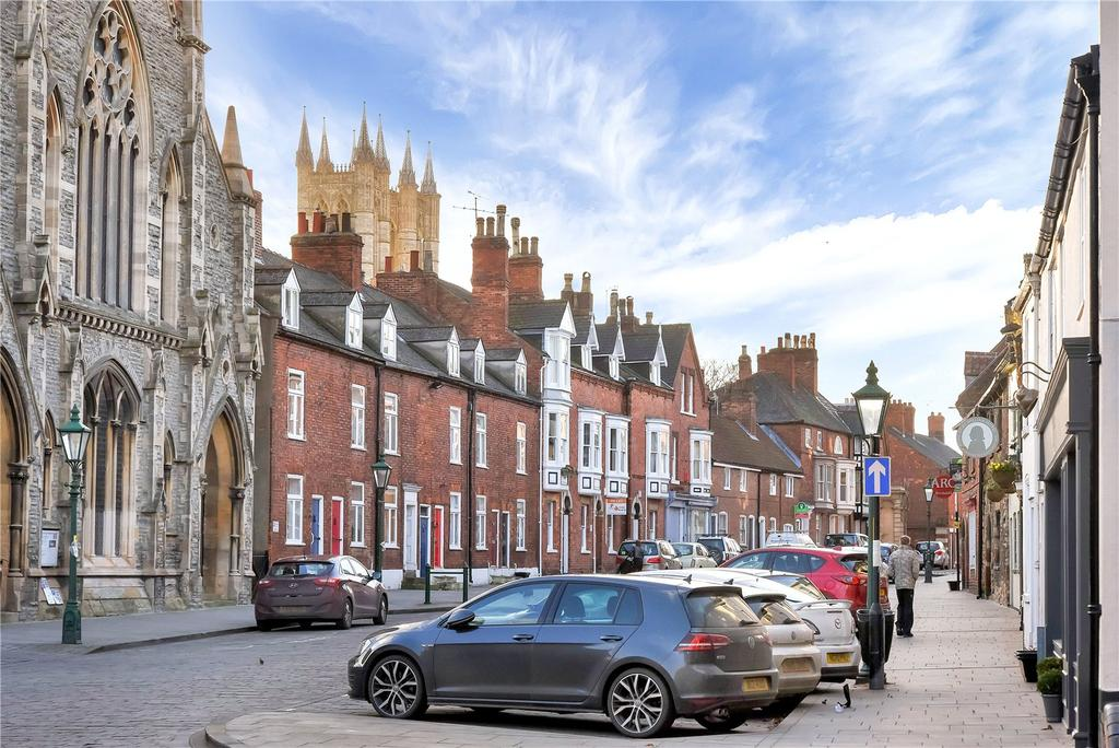 2 Bedrooms Detached House for sale in Bailgate, Lincoln