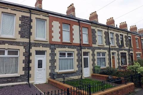 3 bedroom terraced house to rent - ADAMSDOWN - This is a lovely unfurnished house convenient for the City Centre, Atrium Campus & Queen Street Station