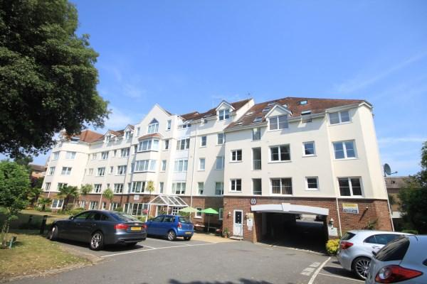 2 Bedrooms Apartment Flat for sale in Poole Road, Bournemouth