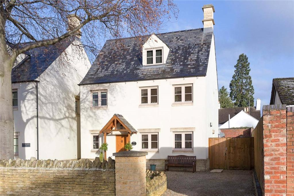 4 Bedrooms Detached House for sale in Atlas Court, Idsall Drive, Prestbury, Cheltenham, GL52