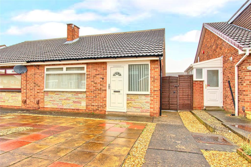 2 Bedrooms Semi Detached Bungalow for sale in Sherburn Close, Acklam