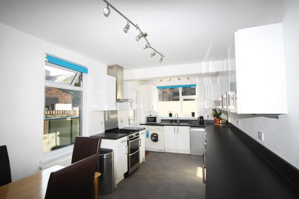 3 Bedrooms Terraced House for sale in Downing Road, Bootle, L20