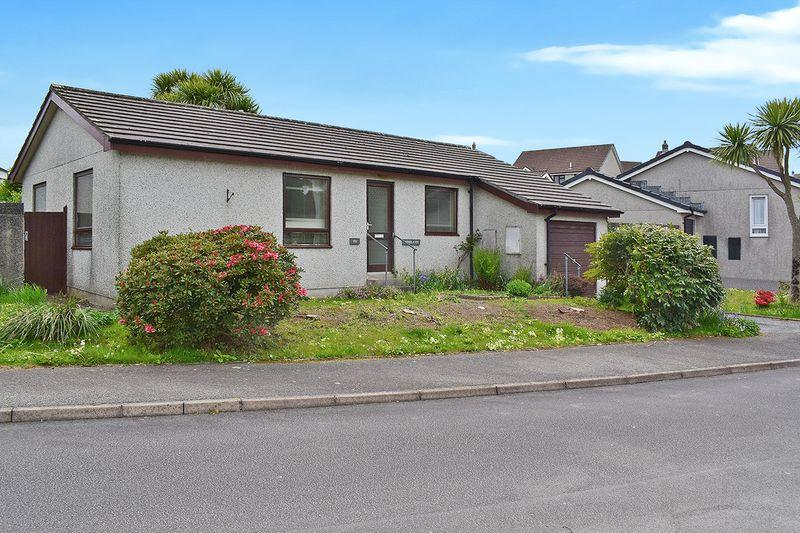 2 Bedrooms Detached Bungalow for sale in Woodgate Road, Liskeard