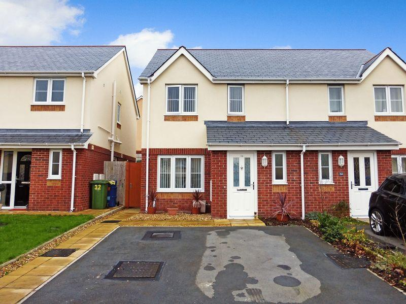 3 Bedrooms Semi Detached House for sale in Y Felinheli