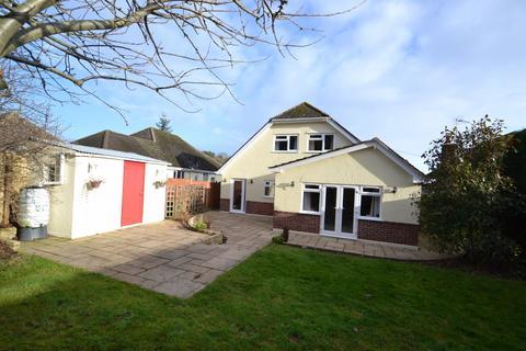 5 bedroom bungalow for sale - Broadstone