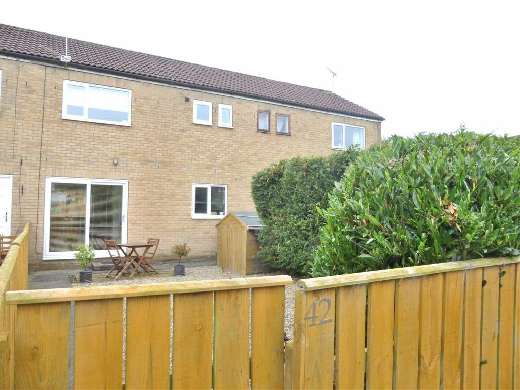 3 Bedrooms Terraced House for sale in Scotton Gardens, Catterick Garrison, North Yorkshire