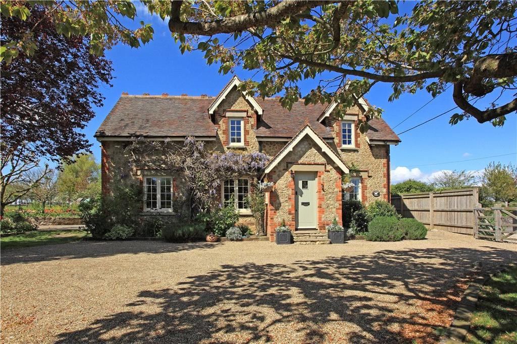 4 Bedrooms Detached House for sale in Offham Road, West Malling, Kent, ME19