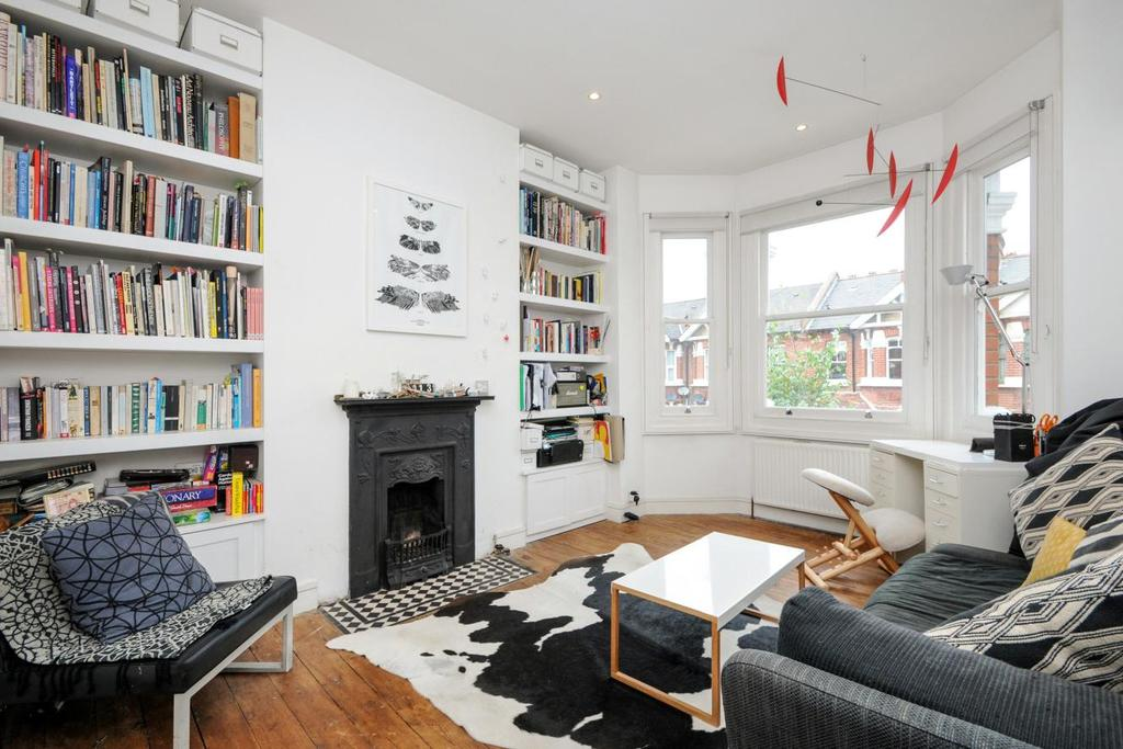 2 Bedrooms Flat for sale in Valetta Road, Chiswick, W3