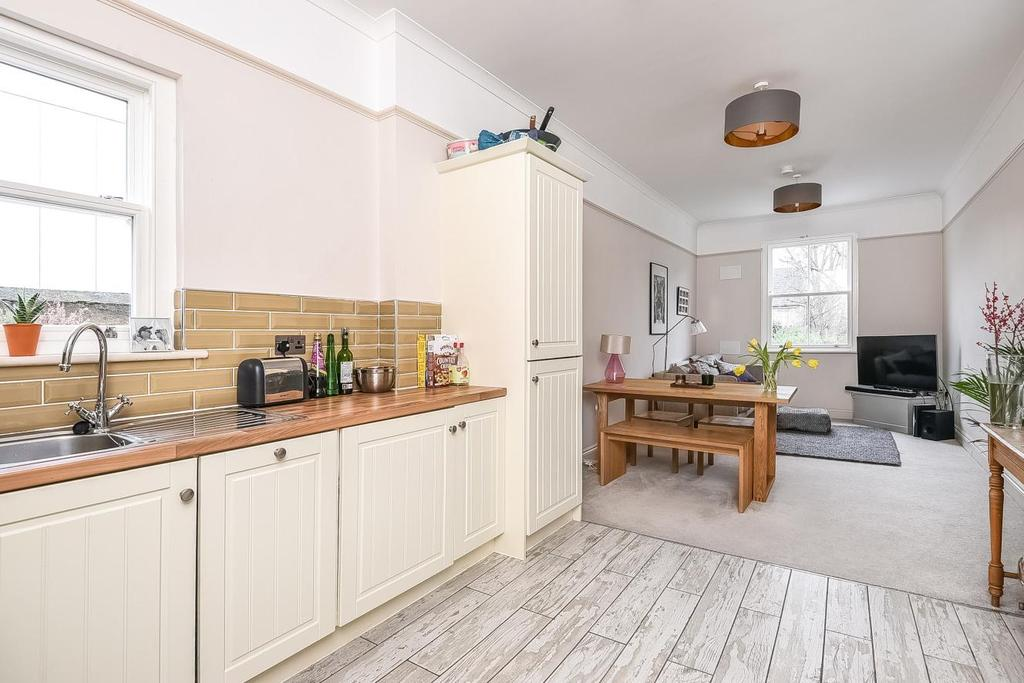 2 Bedrooms Flat for sale in Josephine Avenue, Brixton, SW2