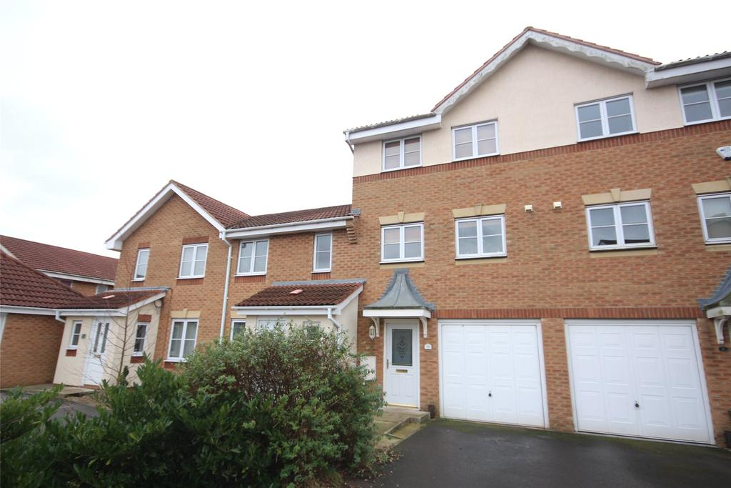 3 Bedrooms Terraced House for sale in Watling Close, Bracebridge Heath, LN4