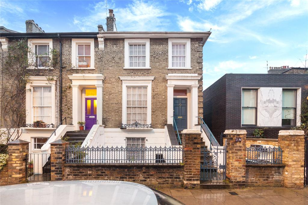 3 Bedrooms End Of Terrace House for sale in St Pauls Crescent, Camden, London