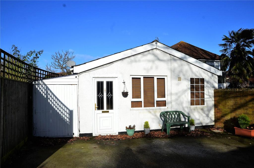 6 Bedrooms House for sale in Crown Lane, Theale, Reading, RG7