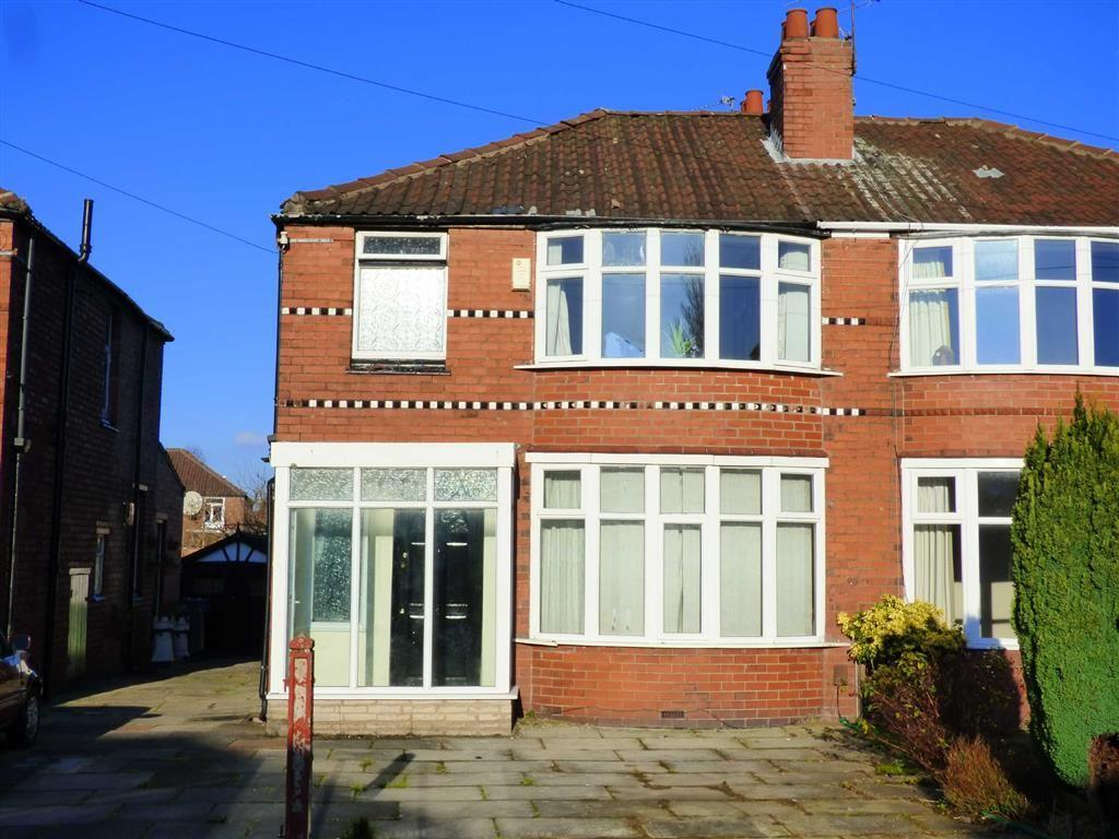 3 Bedrooms Semi Detached House for sale in Heathside Road, Withington, Manchester, M20