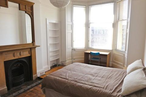 2 bedroom flat to rent - Haymarket Terrace - 2 bed - 8141