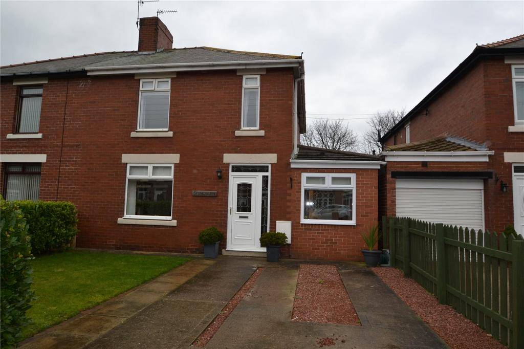 3 Bedrooms Semi Detached House for sale in Thorpe Road, Easington Village, SR8