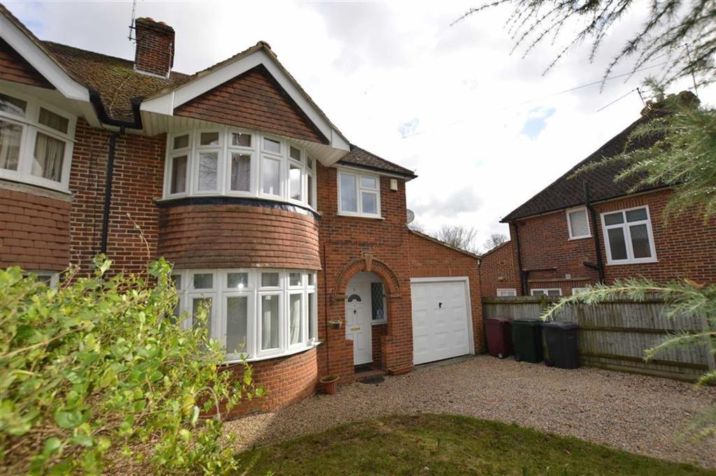 3 Bedrooms Semi Detached House for rent in Baydon Drive, Reading