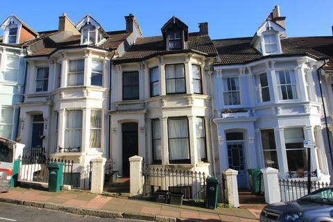 1 bedroom apartment to rent - Roundhill Crecent