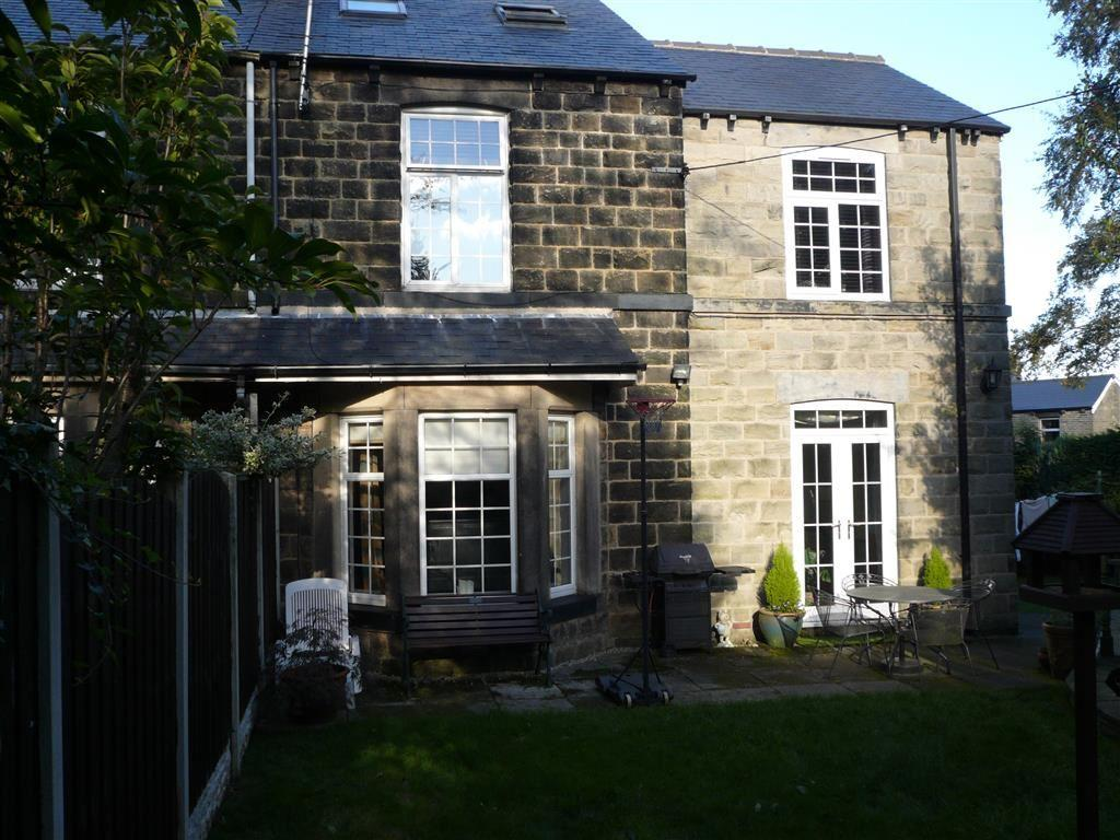 4 Bedrooms Cottage House for sale in Victoria Road, Stocksbridge, Sheffield, S36