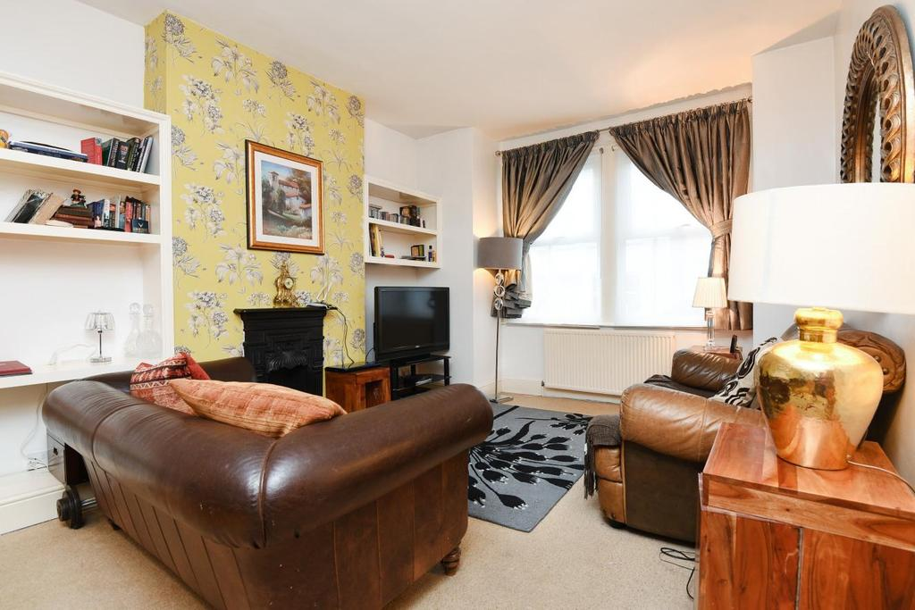 4 Bedrooms Terraced House for sale in Idlecombe Road, Tooting, SW17