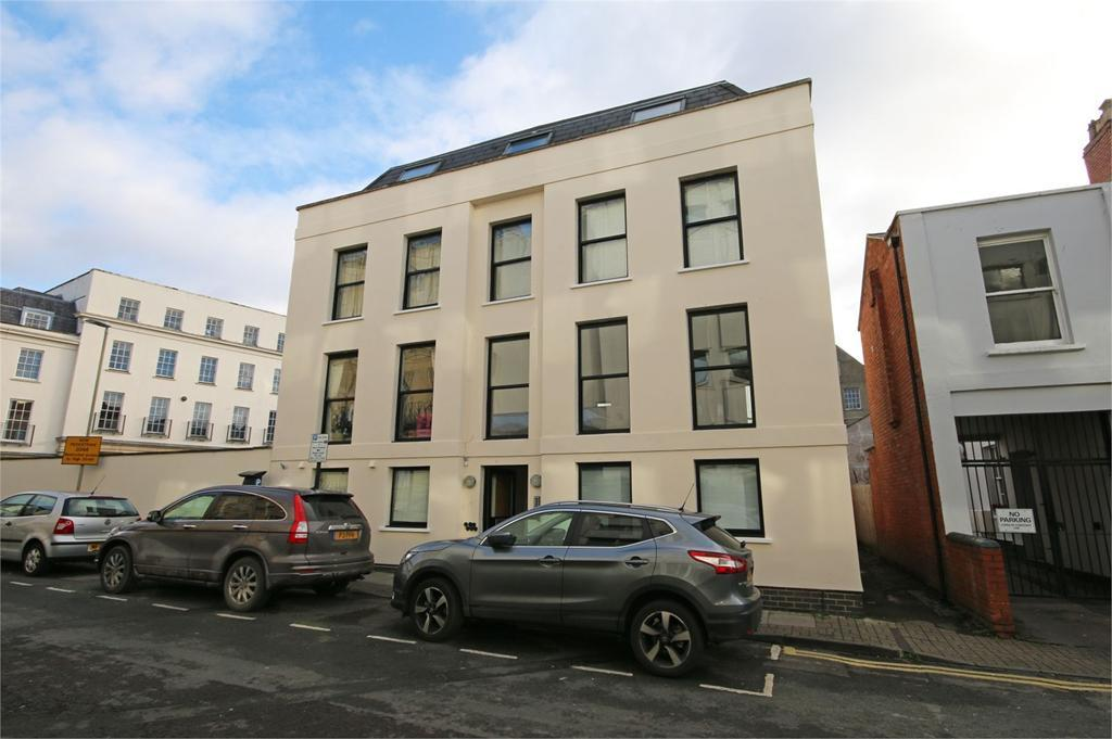 2 Bedrooms Flat for sale in Wellington Street, Cheltenham
