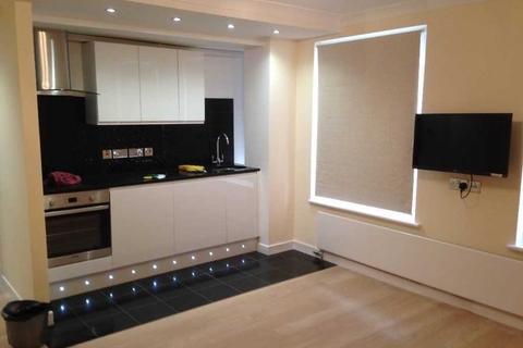 Studio to rent - Parkwest, Kendal Street, West End