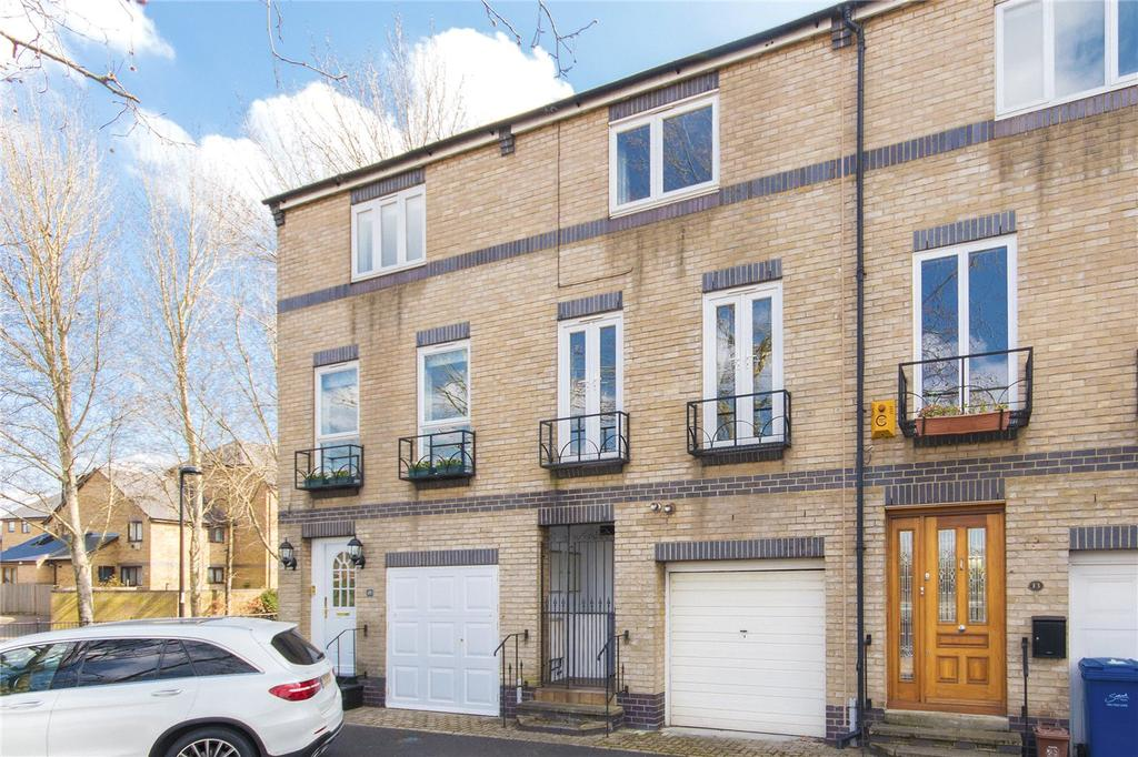 4 Bedrooms Terraced House for sale in Bray Crescent, London, SE16