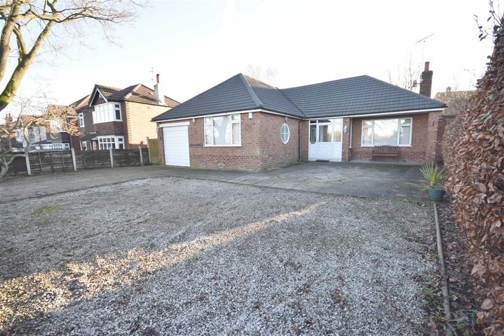 2 Bedrooms Detached Bungalow for sale in CHESTER ROAD, POYNTON, Cheshire
