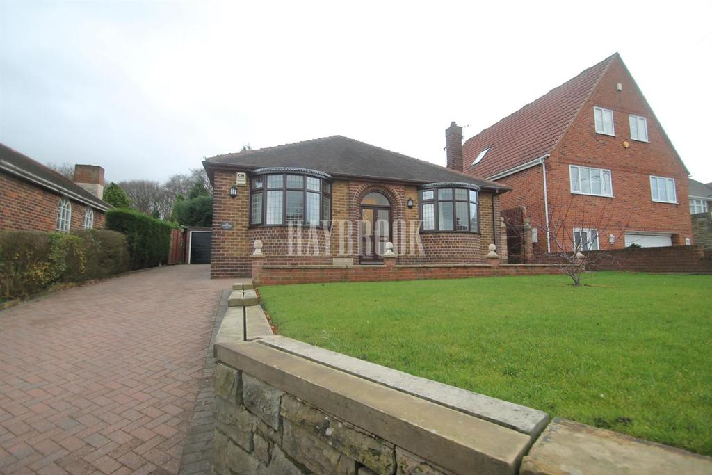 3 Bedrooms Bungalow for sale in Racecourse Road, Swinton