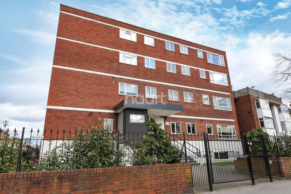 2 Bedrooms Flat for sale in Connaught Towers, London Road, CR7