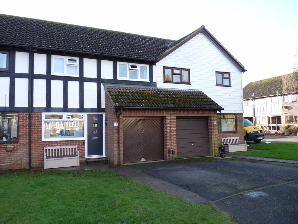3 Bedrooms Terraced House for sale in Edenbridge, Kent, TN8