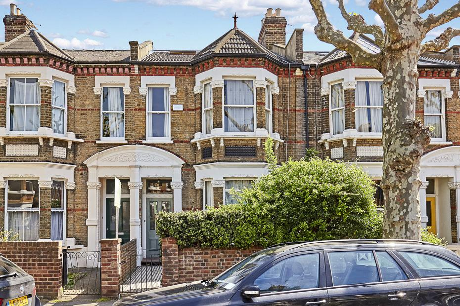 5 Bedrooms Terraced House for sale in Ormiston Grove, London W12